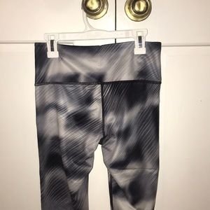 Black & White athleta full length leggings